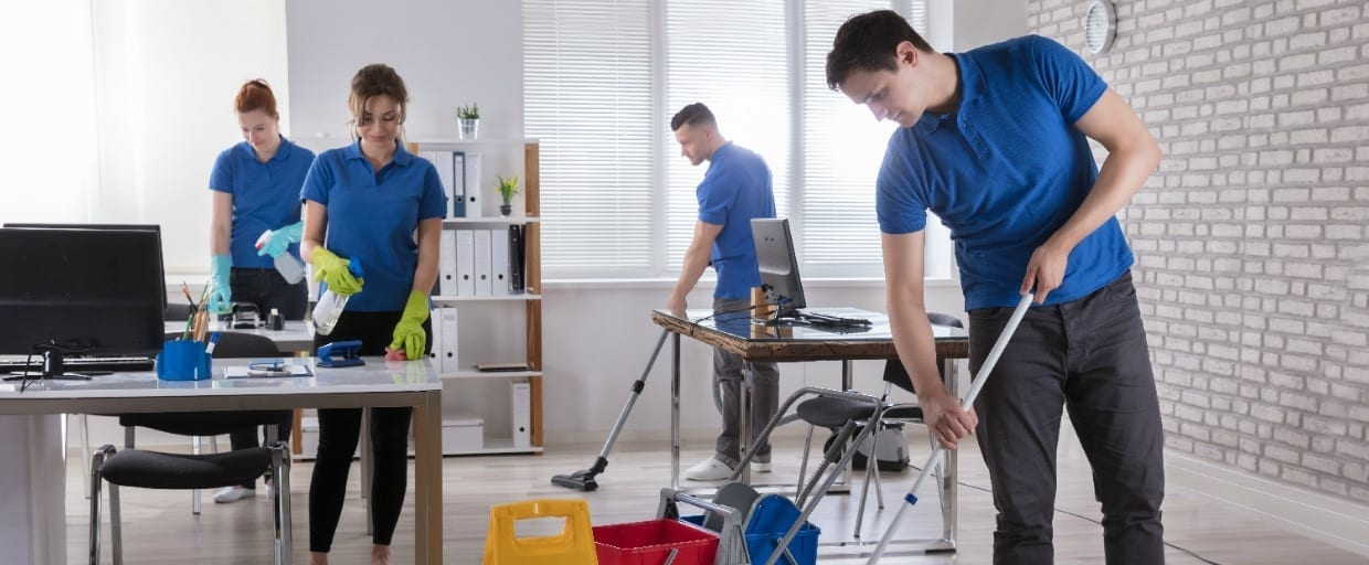 Cleaning Team Best Training