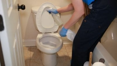 Clorox ToiletWand Chemicals Soak, We spray the toilet