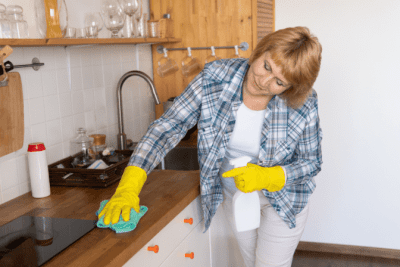 House Cleaner Health, House Cleaner Wiping Counter