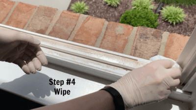 How to Clean Crevices and Sliding Door Tracks, Step 4 Wipe