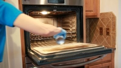How to Clean an Oven Fast, Easy Off, Spraying Oven