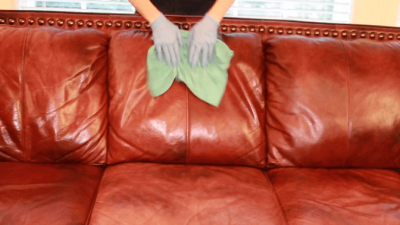 Meguiars Gold Class Leather Conditioner, Wiping Leather Sofa