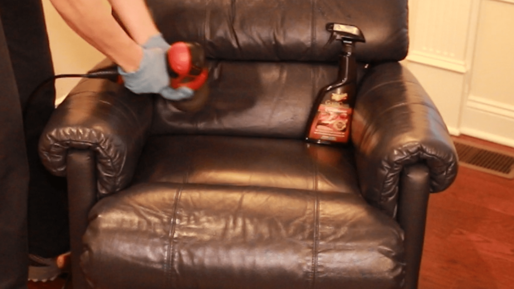 Meguiar's Gold Class Leather Conditioner with Chair - Featured Image